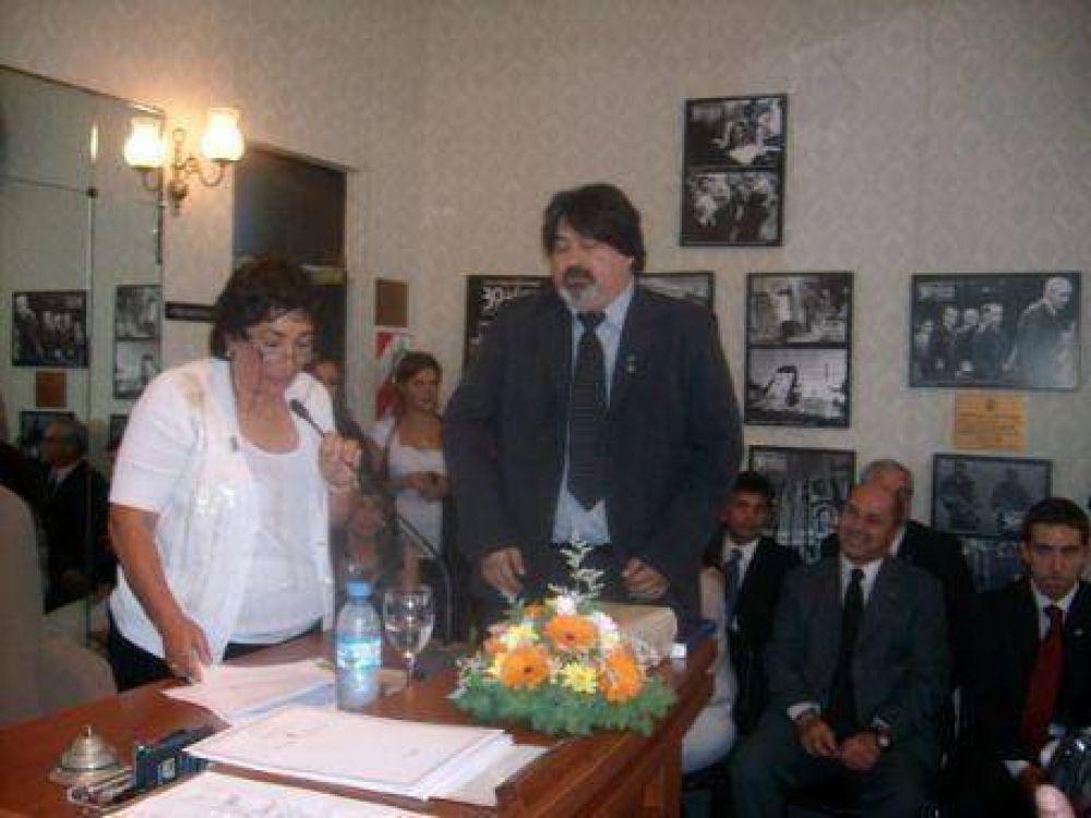 """Juraron los nuevos concejales de Ensenada: """"Hemos transformado una ciudad"""", dijo Luis Bassetti"""