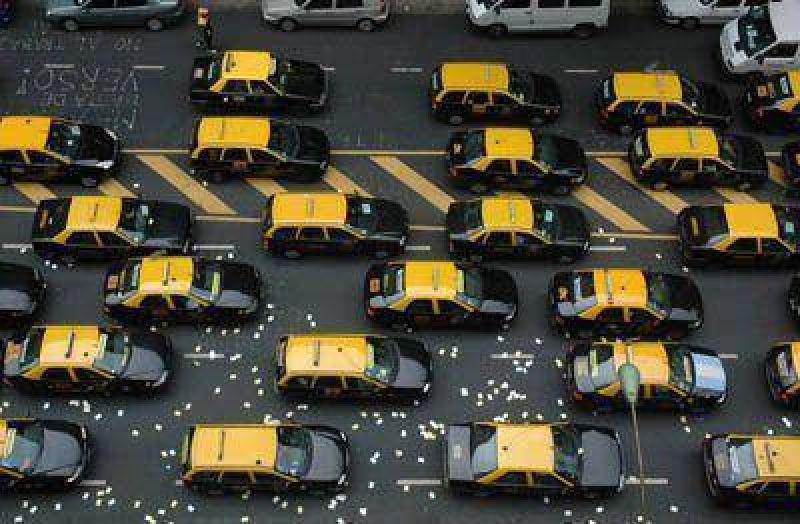 No habrá prórroga para los taxistas que tengan que renovar sus unidades en marzo.