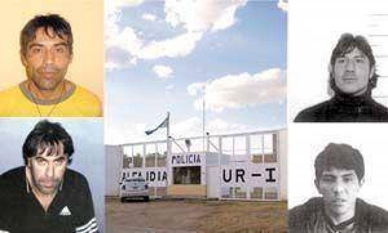 En pleno día, se escaparon cinco presos peligrosos.