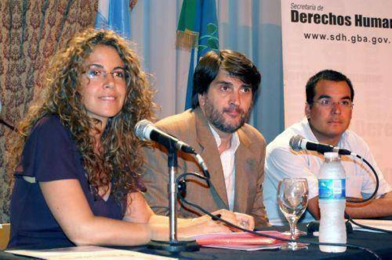 Promocionan en Mar del Plata campa�a contra la discriminaci�n.