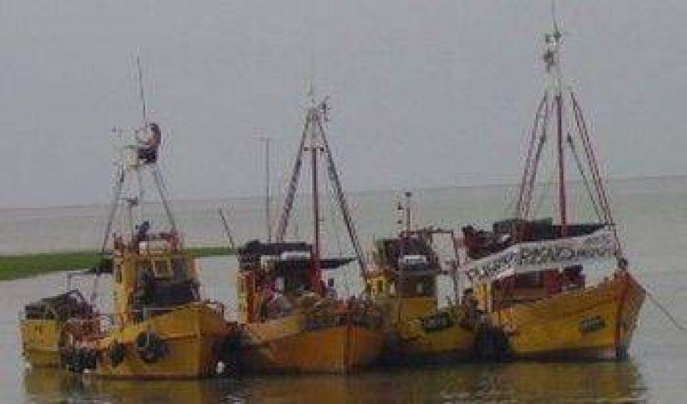 Los pescadores volvieron al piquete.