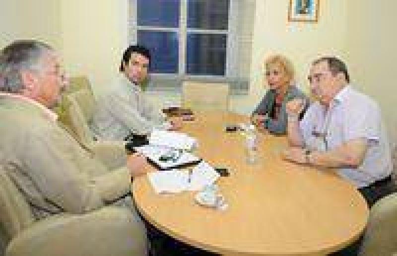 El Gobierno subsidiar� a Foderami para pagar sueldos hasta marzo.