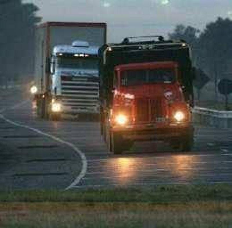 La restricci�n a los camiones obliga a revisar una ley local