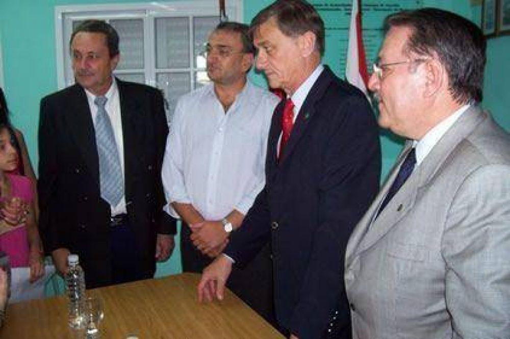 Calvo, junto al gobernador, anunció un plan de construcción de alcantarillas y puentes
