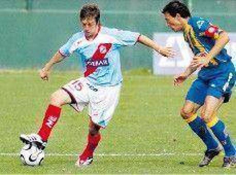 Papu Gómez ya es el nuevo refuerzo para San Lorenzo.