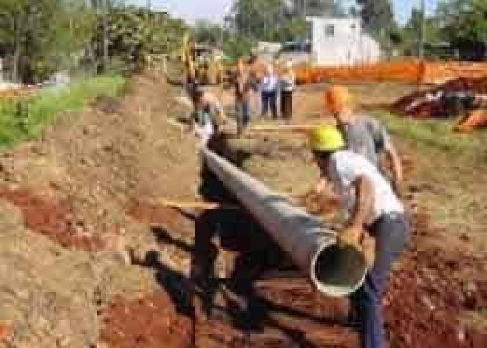 El municipio y el SPAR relevaron Vela para avanzar en la obra de Red de Desagues Cloacales.