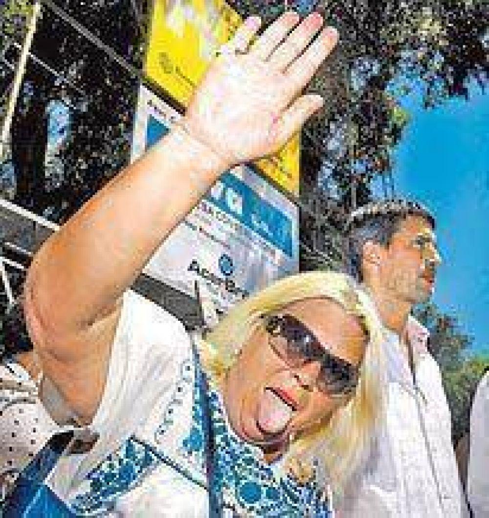 A pesar de las presiones, Carrió insiste con Prat Gay en la Ciudad