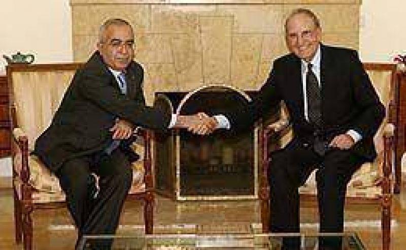 Peligra el alto el fuego en Gaza. Mitchell negocia para consolidar tregua