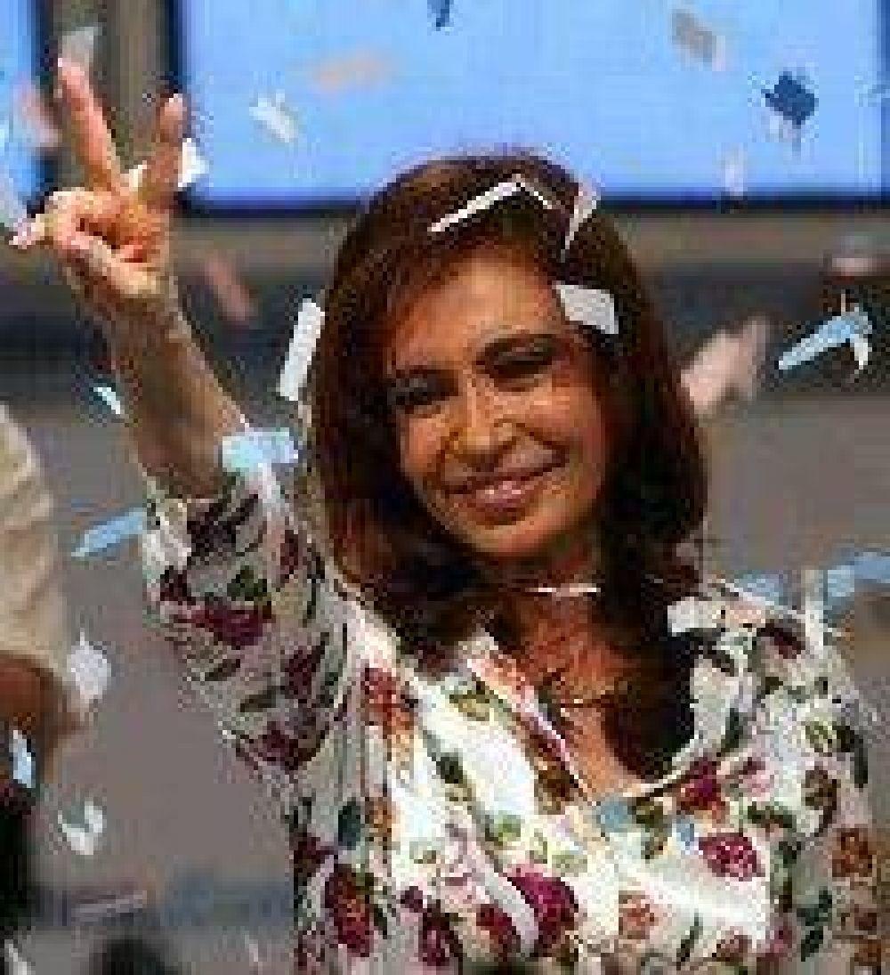 Viene Cristina Kirchner para reforzar la campaña del PJ