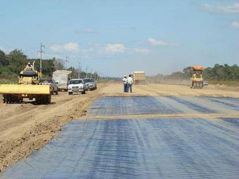 Remarcan que todas las obras viales  en marcha tendrán continuidad en 2009