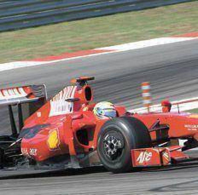 Ferrari y McLaren acercan posiciones.