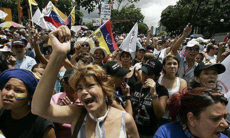 Los universitarios no quieren que Chávez se perpetúe en el poder.
