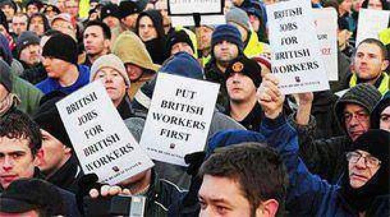 Como consecuencia de la ola de despidos, los británicos se movilizan contra extranjeros.