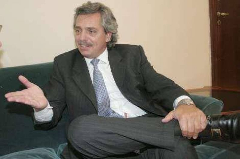 La lenta reconciliación de Kirchner y Alberto Fernández.