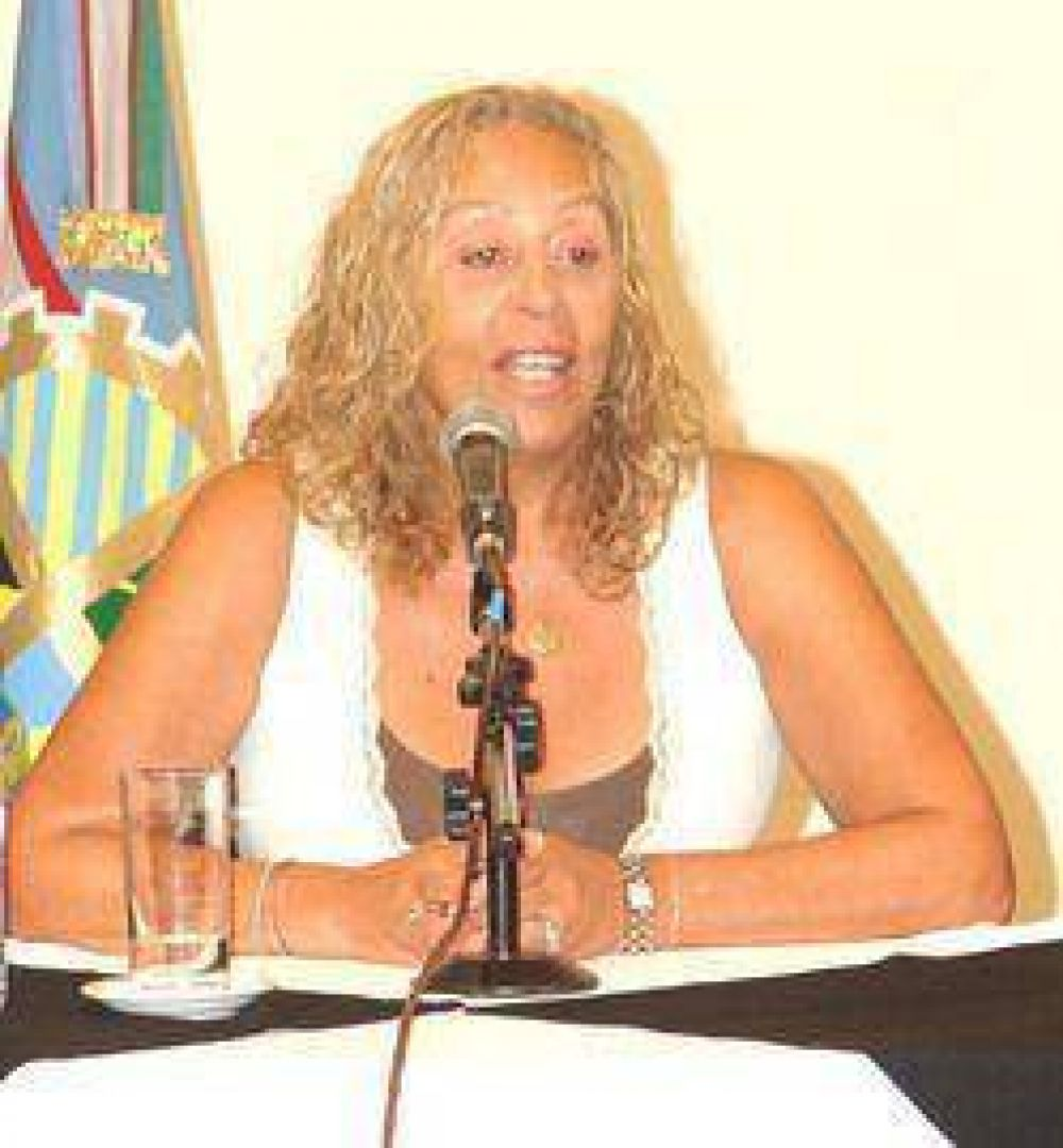 La intendenta Giroldi se refirió al nombramiento de Katty Altimari como Directora General de Gobierno Municipal.