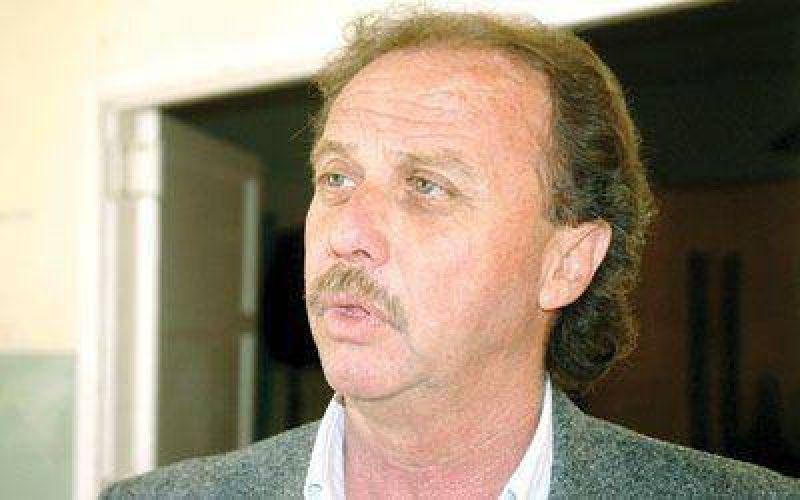 Fita inició una gira política por localidades de la cordillera.