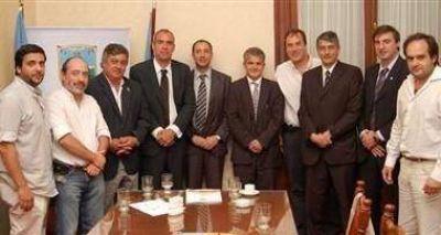 Producción: Selva recibió a intendentes y funcionarios provinciales