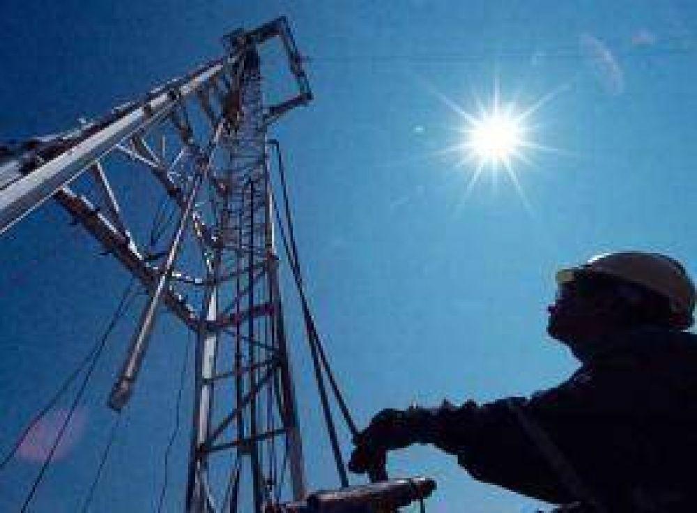 Santa Cruz licitará el control de regalías petroleras.