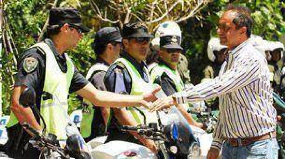 Por la violencia en la Costa, Policía refuerza el control sobre jóvenes.