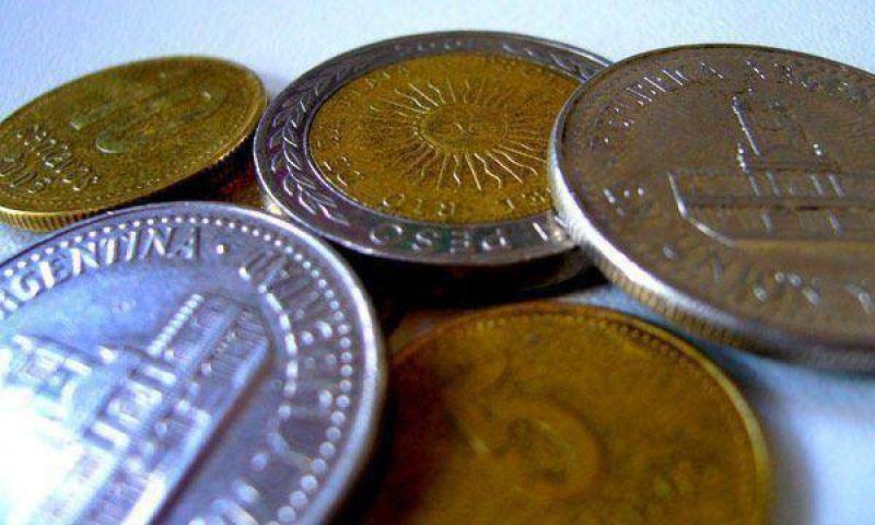 Las monedas se pagan hasta 15% más en el mercado negro.