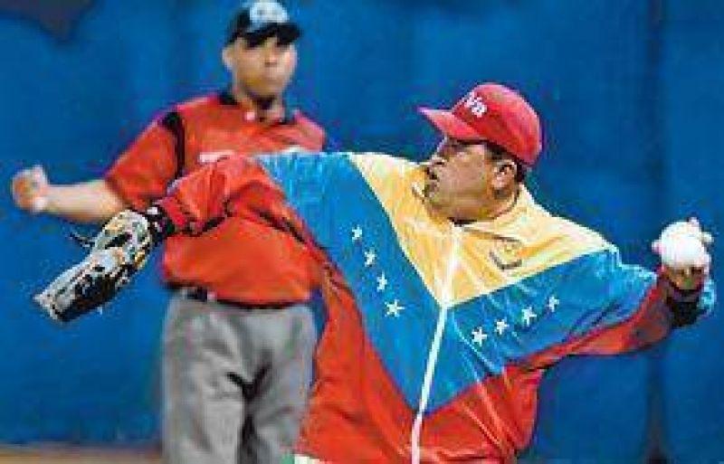 Chávez cumple 10 años en el poder, le faltan 4 y va por más