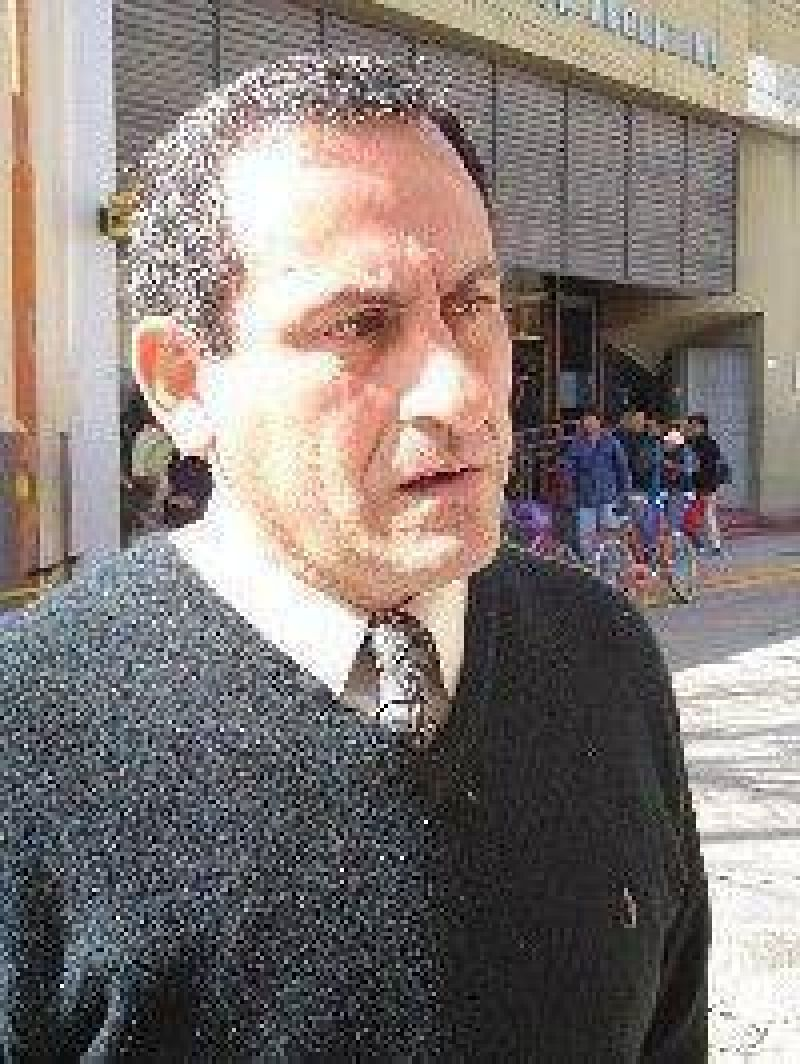 Santa Mar�a: Tula Norri es el candidato a senador por el FCS.