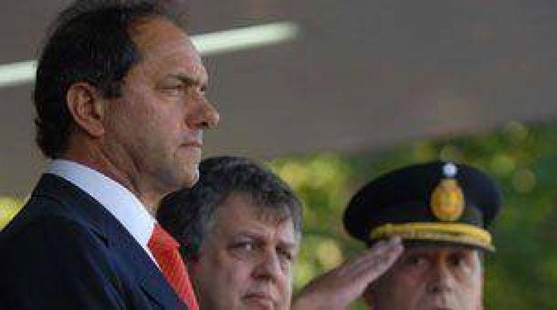 Amenazaron de muerte al gobernador Scioli