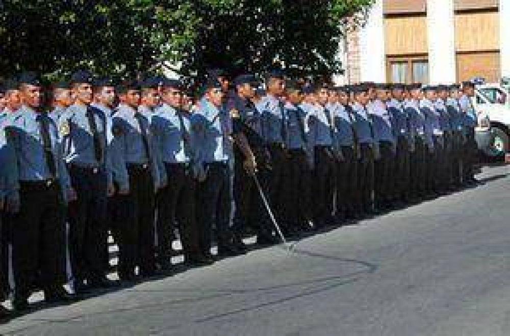Incorporan a 250 nuevos policias en la provincia.