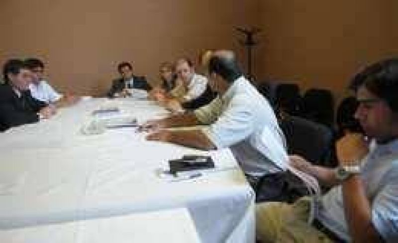 Abogados ratifican que no negociaron con el PE