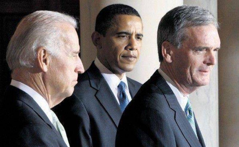 Obama, en apuros por dos renuncias