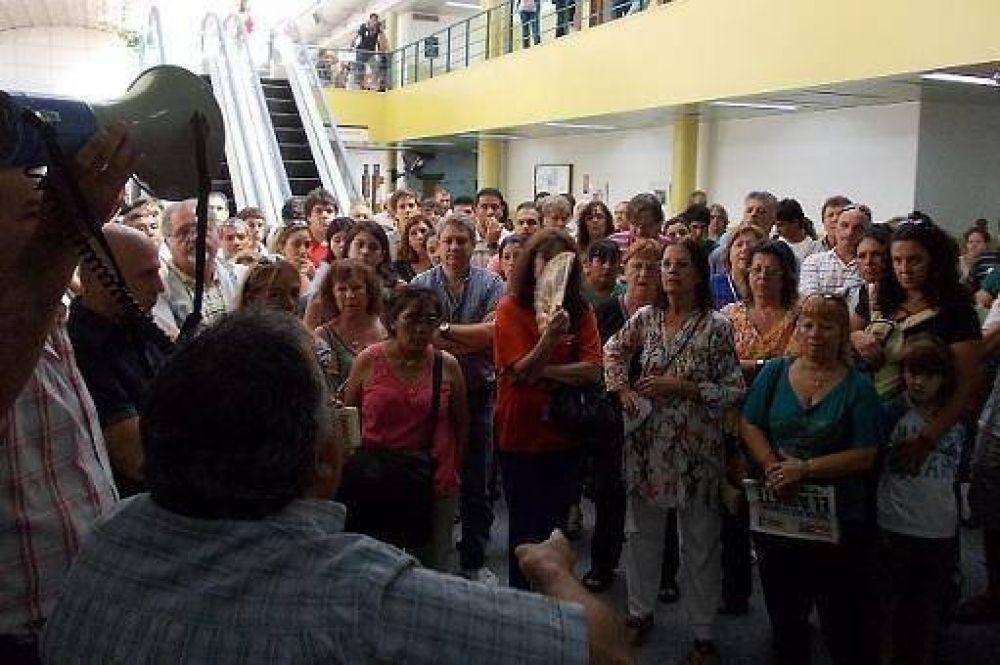 Reincorporan a 108 de los 211 despedidos en Vicente López