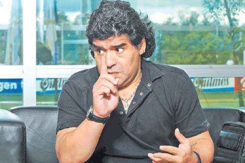 Otra vez, a Maradona