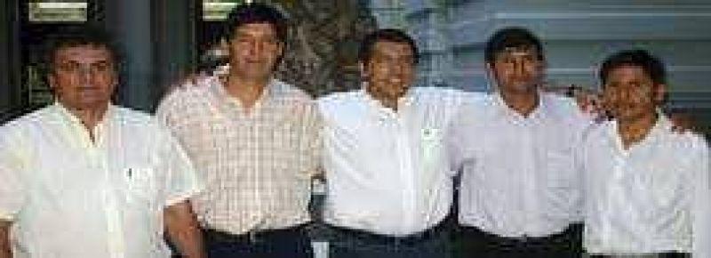 Barrionuevo se reunió con funcionarios de Palma Sola