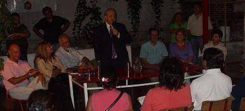 Brizuela del Moral desafía a la Casa Rosada