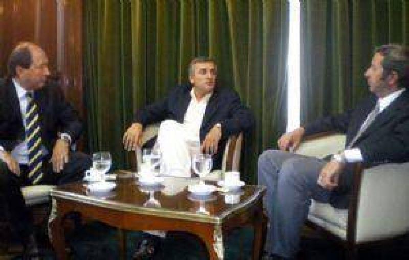 Cobos y la UCR sellaron el acuerdo para las legislativas