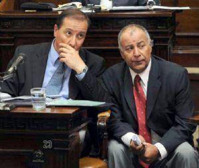 Otro veto de Jaque enojó a la oposición en la Legislatura