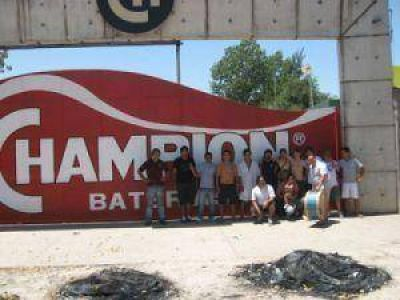 Trabajadores Tomaron La Fábrica Champion Y Acusaron A Tomada