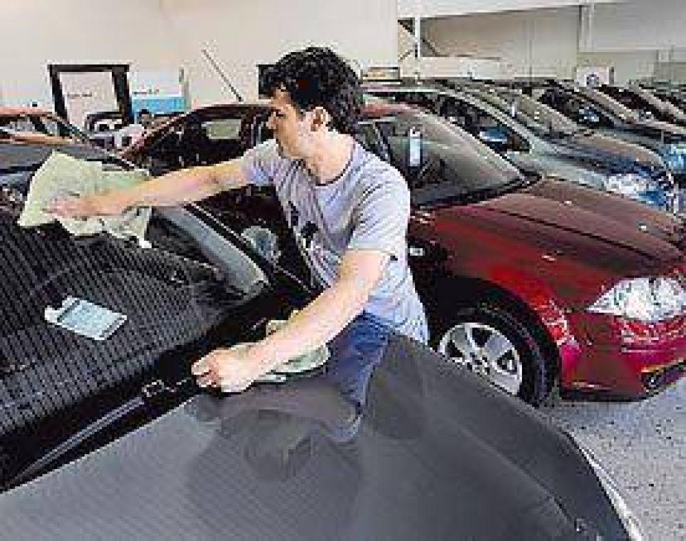 Pese al plan oficial, se derrumbó la producción de autos en enero