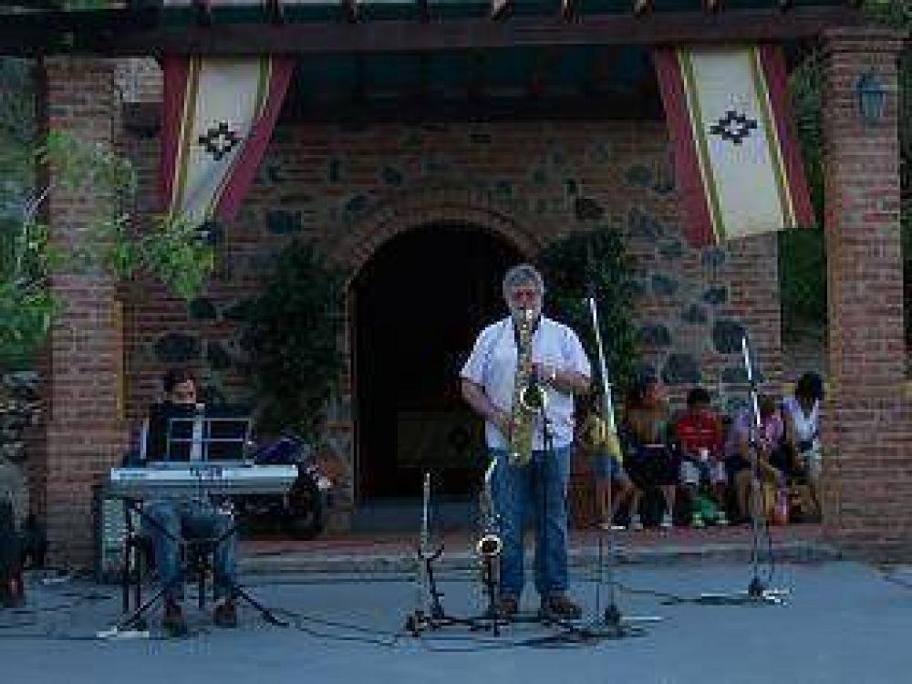 A puro jazz en la Plaza del Peregrino
