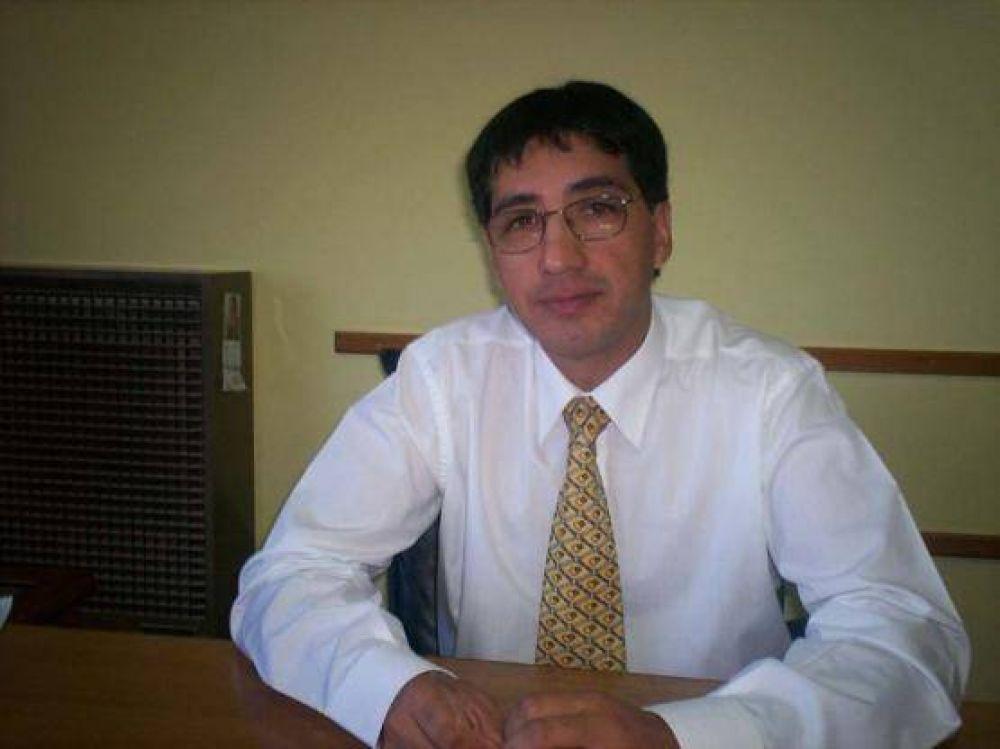 Ampuero gestiona en Buenos Aires.