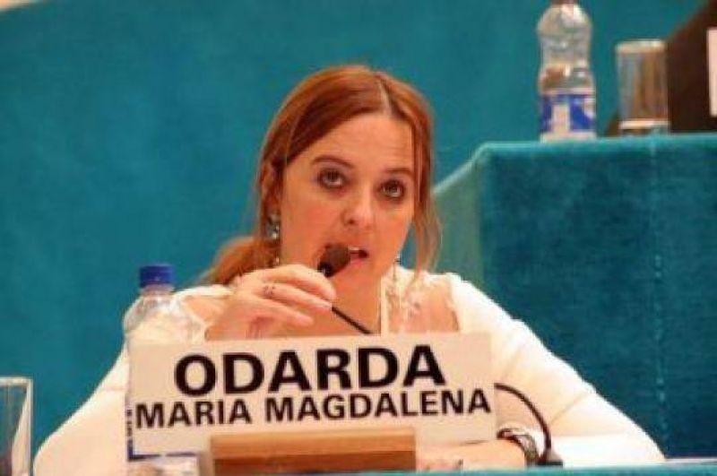 Río Negro: Odarda respalda la candidatura a gobernador de Mendioroz, pero en un esquema de oposición al gobierno nacional con la UCR orgánica y el PS.