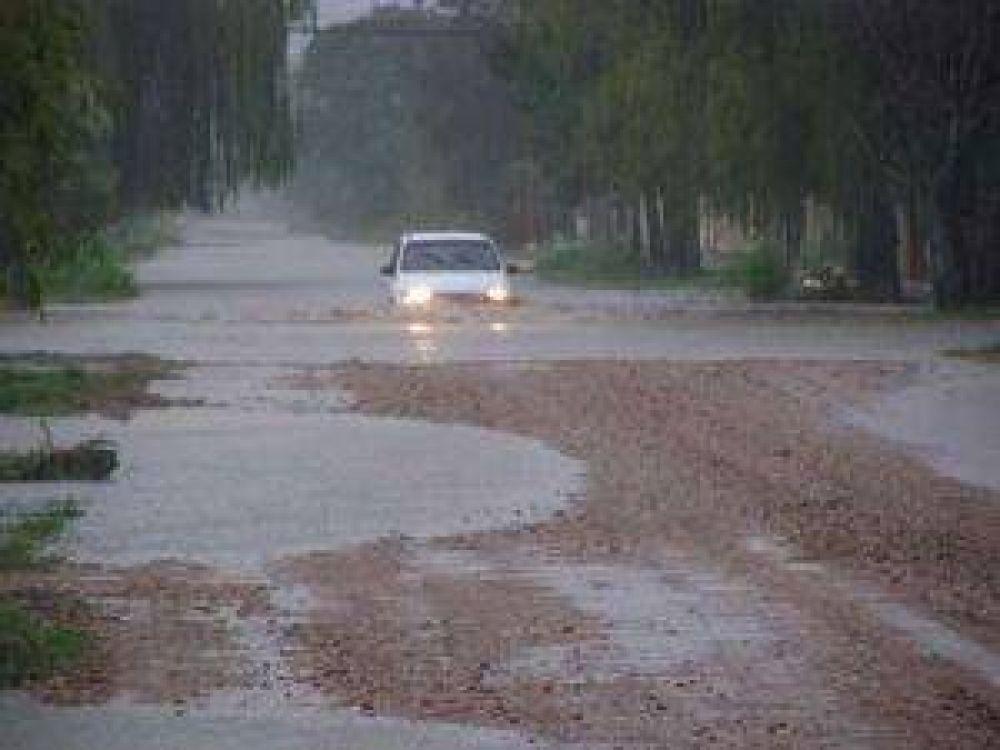 Temporal de lluvia y viento dejó sin luz ni agua a varios sectores del Gran Resistencia