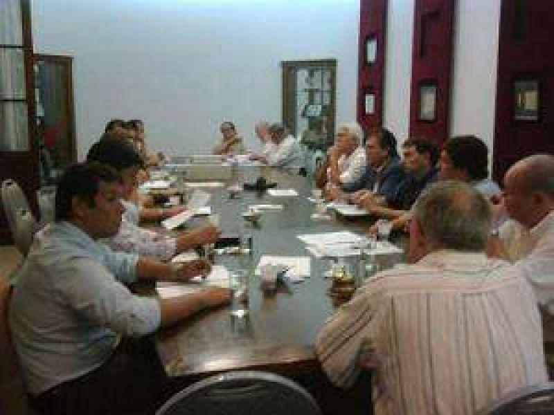 El comercio del NEA pide que los gobernadores paren el tarifazo eléctrico en toda la región