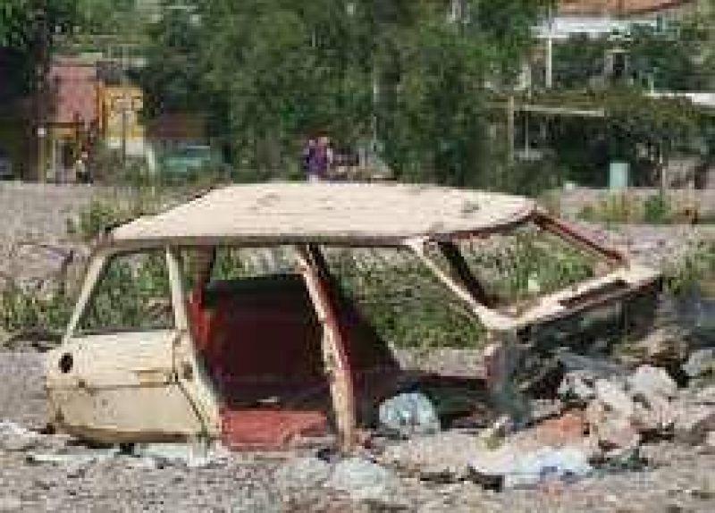 Quejas de vecinos por terrenos de villas erradicadas