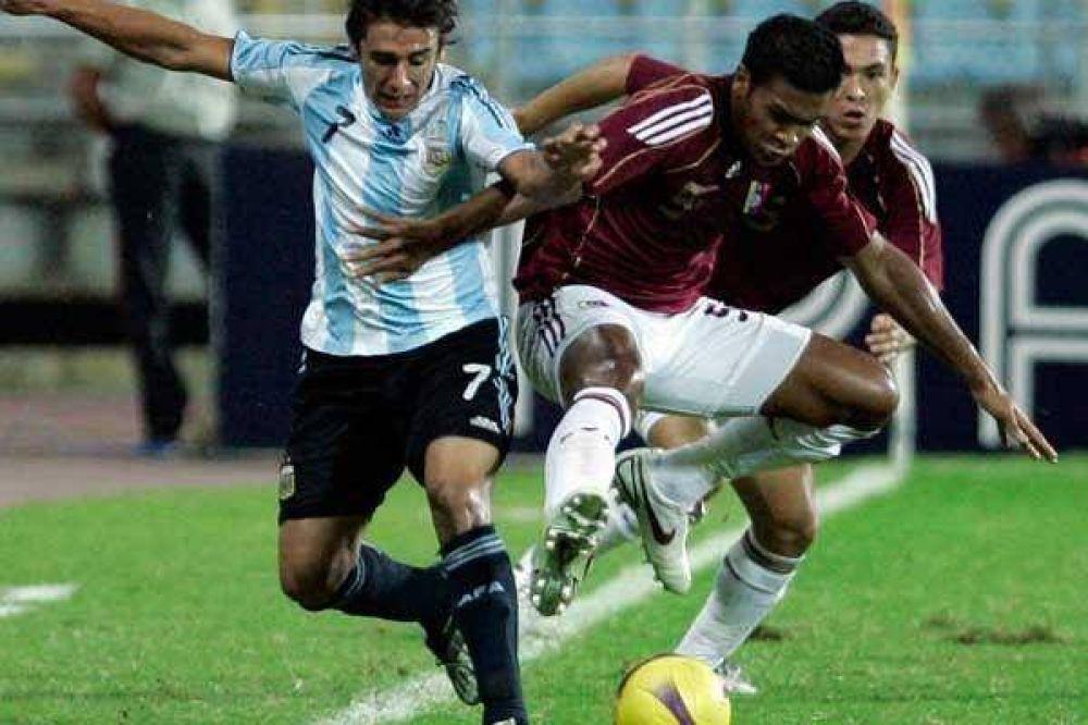 Un 1-1 agónico que empujó más a la Argentina hacia la cornisa.