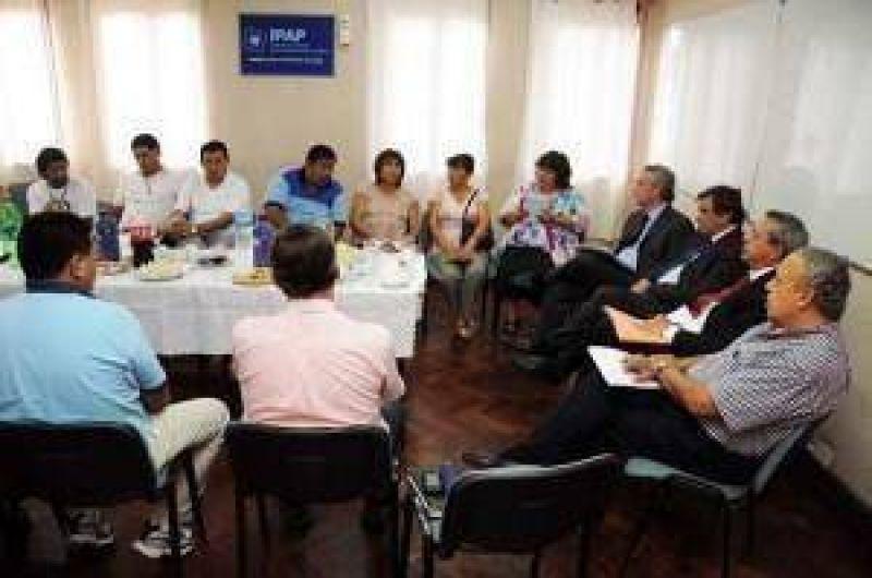 Iniciaron las negociaciones salariales entre el gobierno y los gremios de Jujuy