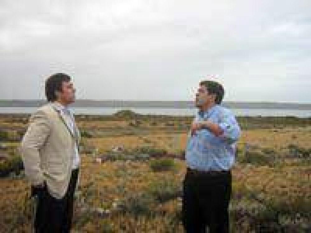 La primera destilería en Santa Cruz estará en Punta Loyola.