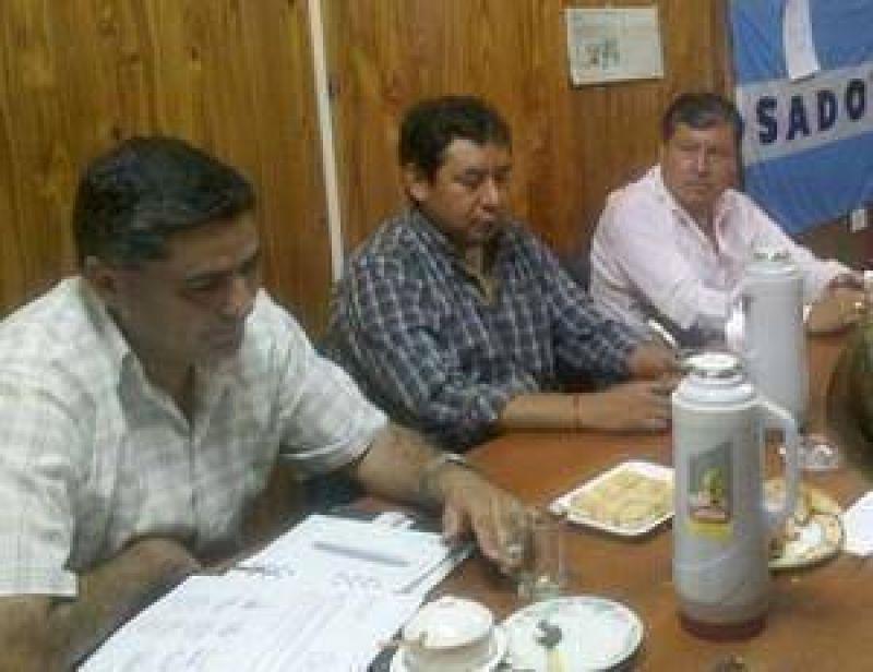 Gremios docentes de Jujuy declaran estado de alerta y movilización