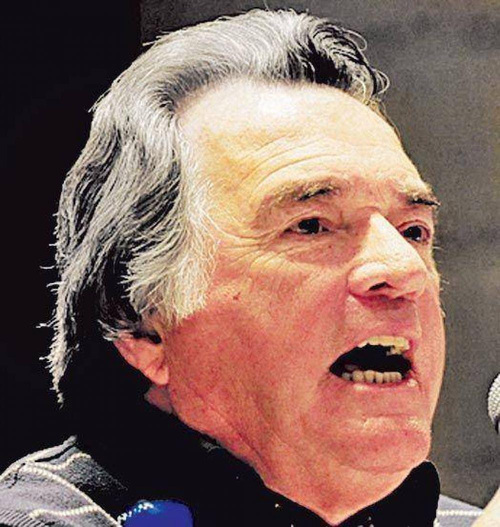 Catamarca: Kirchner, junto a Saadi y Barrionuevo para vencer a Cobos.