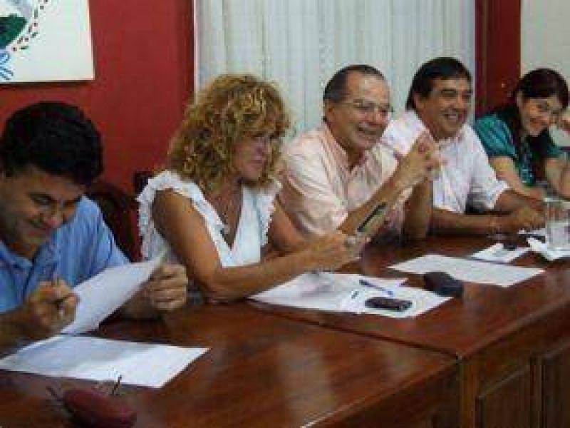 La puja por la coparticipaci�n es la prioridad de los intendentes de la Alianza